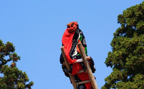 広田町の梯子虎舞